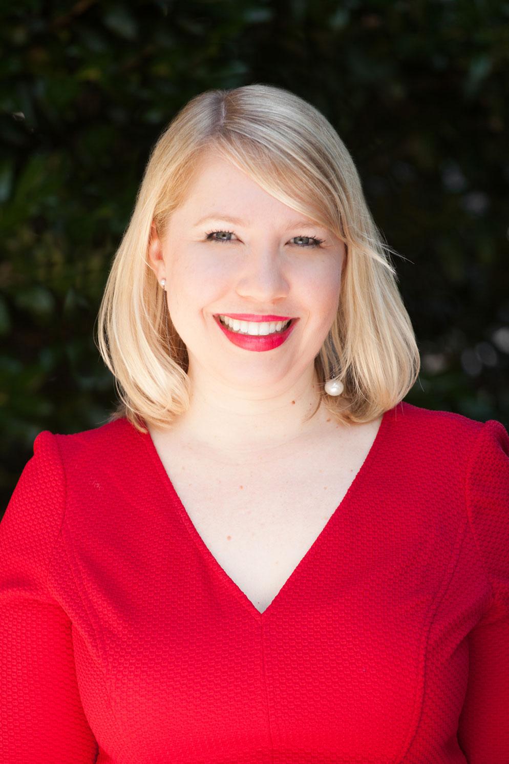 Photo of Lindsay Hardin, Corporate