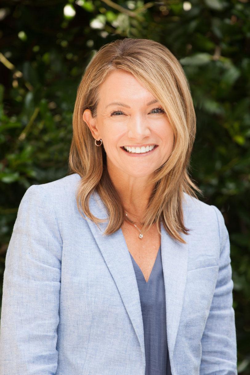 Photo of Lori Thoeny, Corporate